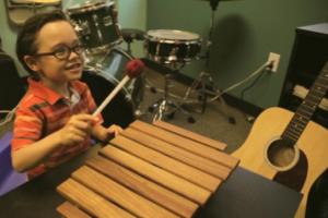 brady-on-marimba